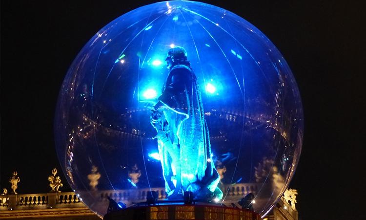 statue dans une bulle à Nancy