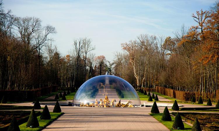 bulle géante, fontaine sous bulle artistique